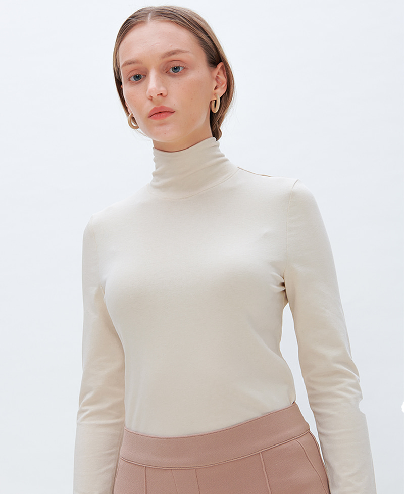 렉시스 (LEXIS)_RIBBON TIE TURTLE NECK [CREAM]